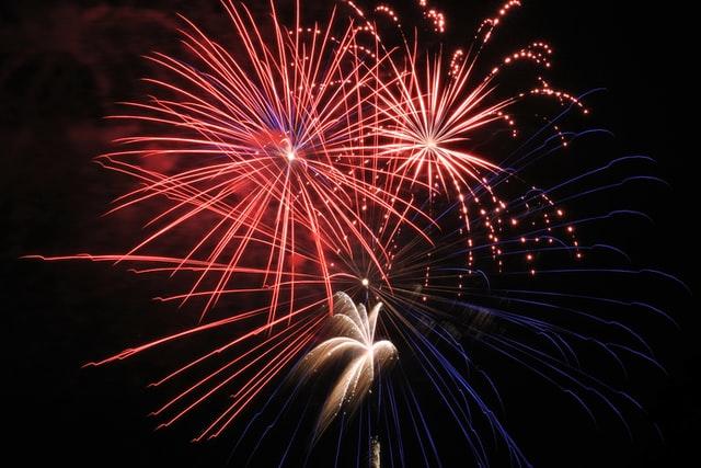 Afbeelding van vuurwerk in de lucht